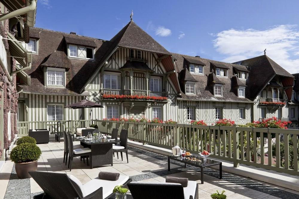 Hotel barrier le normandy - esterno del luogo