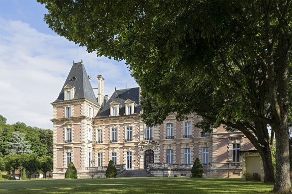 Domainedeshallesexterieurs04web