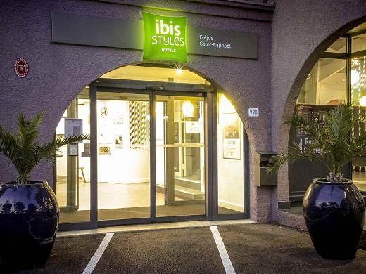 Ibis styles fréjus saint-raphaël - inicio