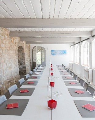 Château des costes - meeting room
