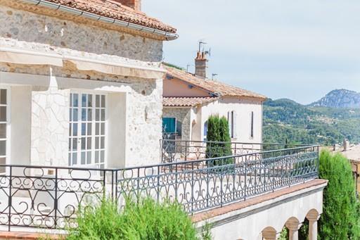 Château des costes - terrace