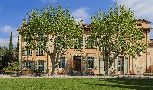 Seminar room: Château des Demoiselles -