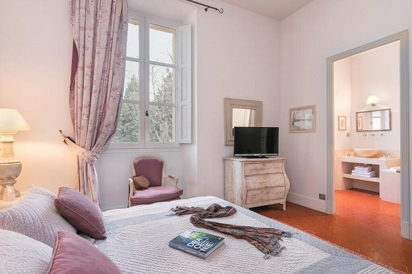 Chateau des Demoiselles - dormitorio