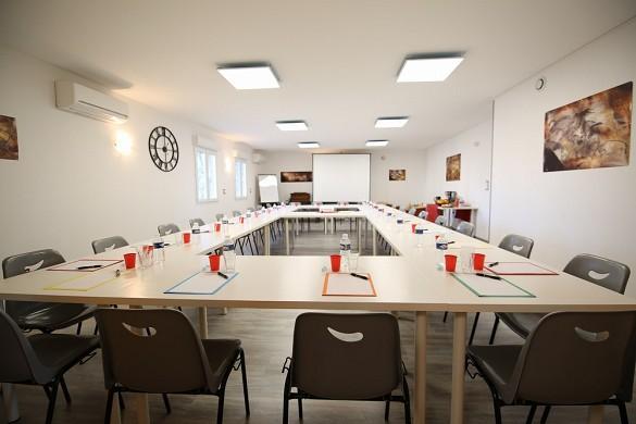 Estancia Ardèche - Estancia Ardèche: sala de seminarios