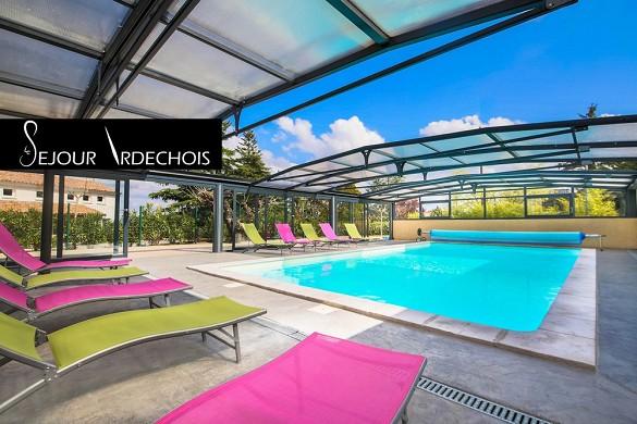 Salón Ardèche - Salón Ardèche: piscina cubierta climatizada
