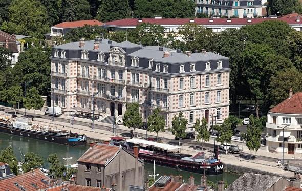 The Mess Gardens - Hotel Meuse Seminar