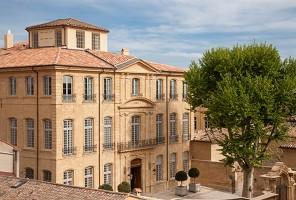 Hôtel de Caumont - Facciata