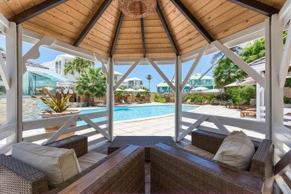 Playa orient bay - swimming pool