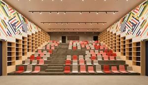 Moho - El anfiteatro