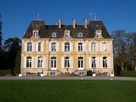 Perron Castle - Facade