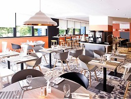 Restaurant for business lunches