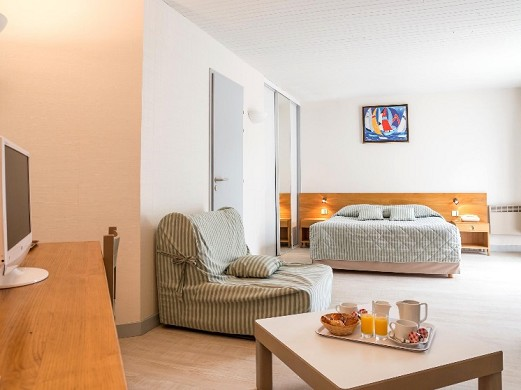 Hotel dominio les grenettes - room
