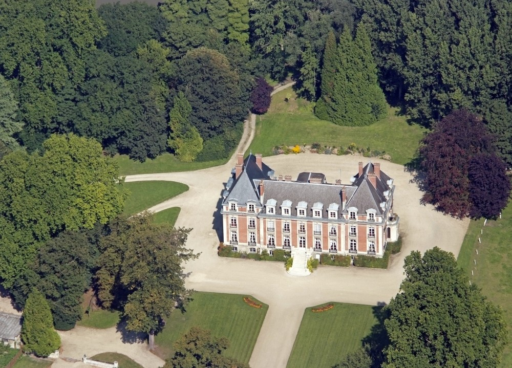 Chateau de la salle montpinchon marriage at first sight
