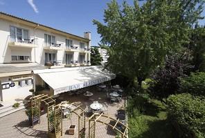Le Clos - Hotel Front
