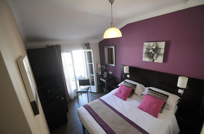 Grand h tel le florence salle s minaire nice 06 for Chambre hotel florence