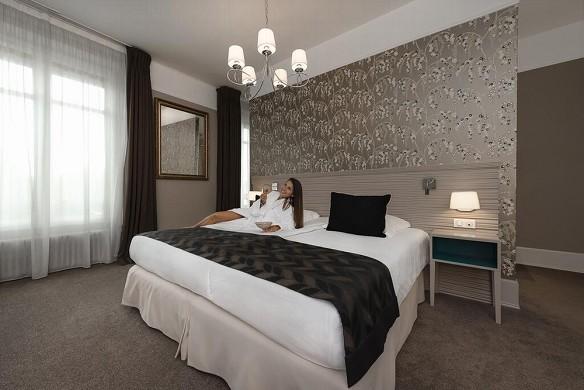 Hotel de la poste - najeti - room