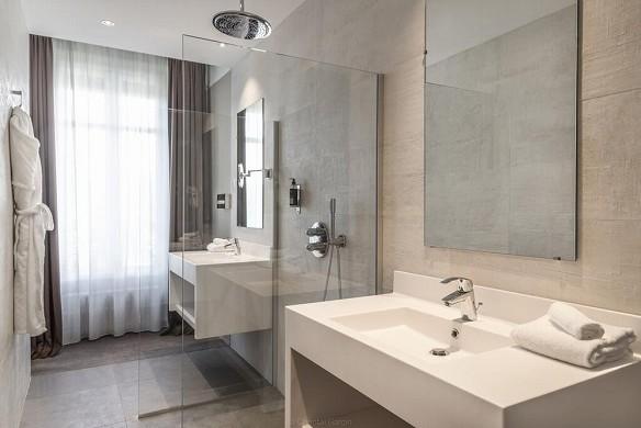 Hotel de la poste - najeti - bathroom