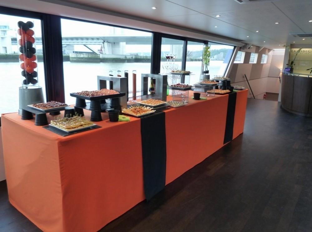 Die Bodega in der Seine - Buffet