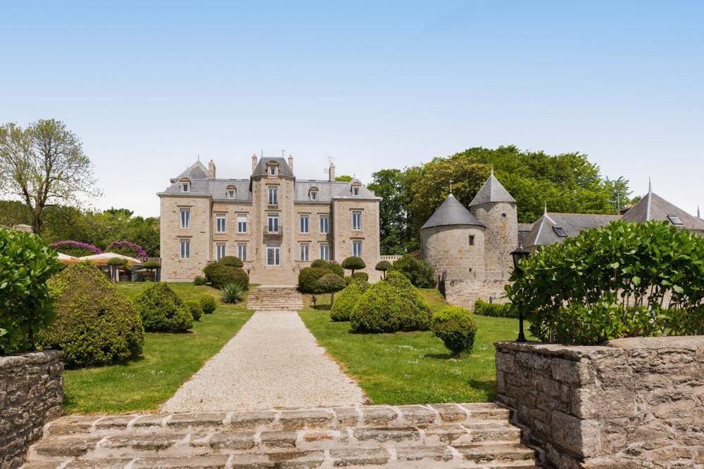 Manor di Kerhuel - facciata del maniero