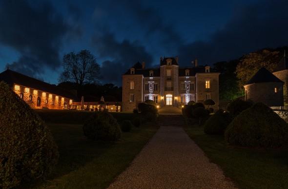 Herrenhaus von Kerhuel - bei Nacht