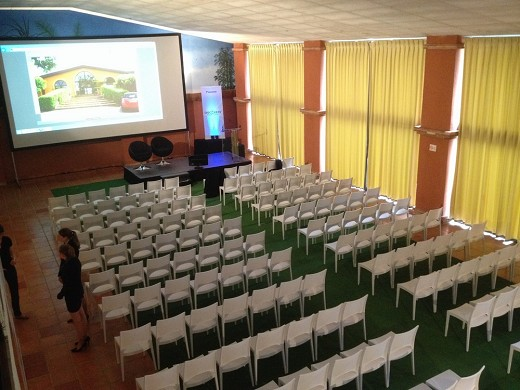 Domaine golf estolosa - conference room