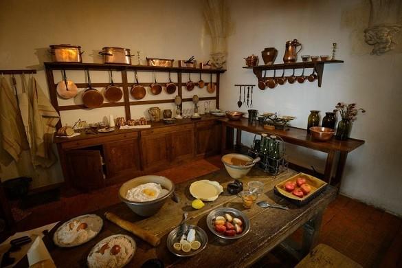 Château d'azay le rideau - kitchen