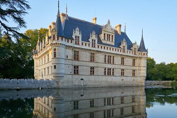 Château d'azay le rideau - exterior