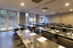 Kyriad Rouen - sala convegni di classe