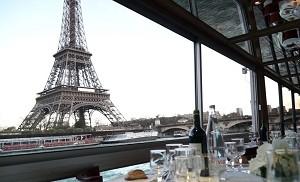 Quai 55 - Cap Seine - View of the Eiffel Tower