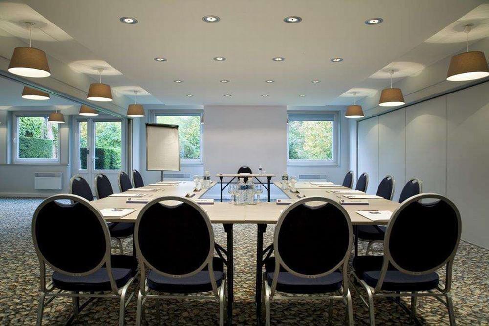 kyriad lille est villeneuve d 39 ascq salle s minaire lille 59. Black Bedroom Furniture Sets. Home Design Ideas