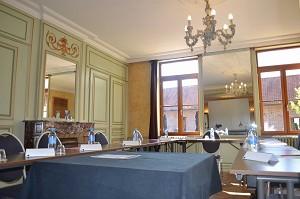 Court Room - Domaine des Cigognes