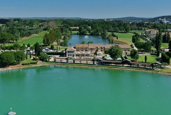 Golf area Grand Avignon - golf domain seminar in green