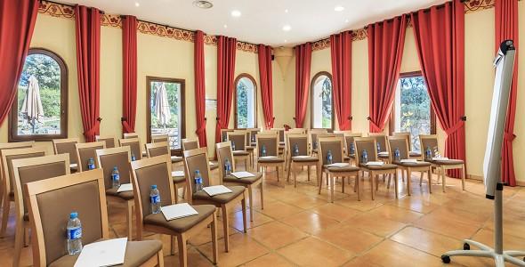 Chateau de Berne - sala de reuniones
