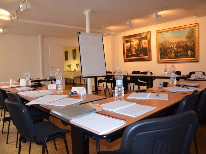 The St. Nicholas Court - working seminar room