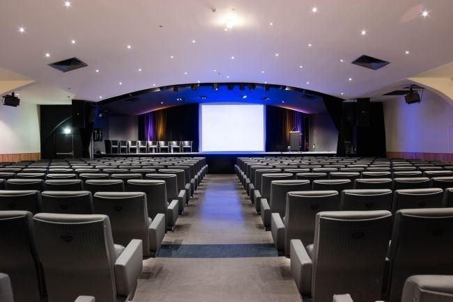 saint martin space - auditorium