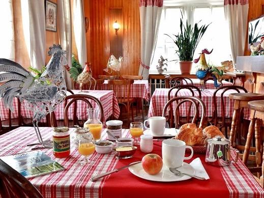 Hotel des lacs - desayuno