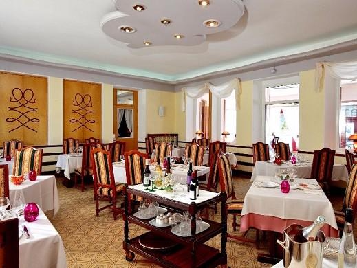 Lakes Hotel - Restaurant