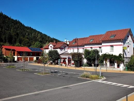 Hotel des lacs - exterior