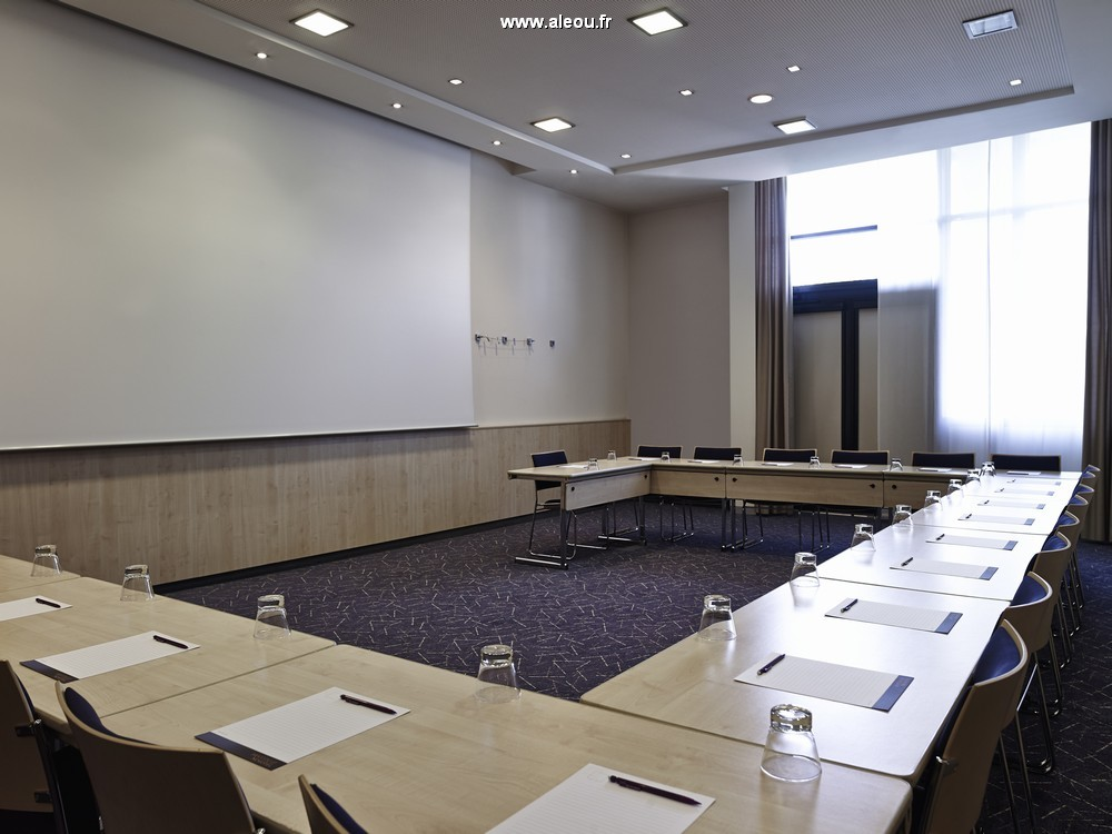 Novotel paris roissy cdg convention - salle en u