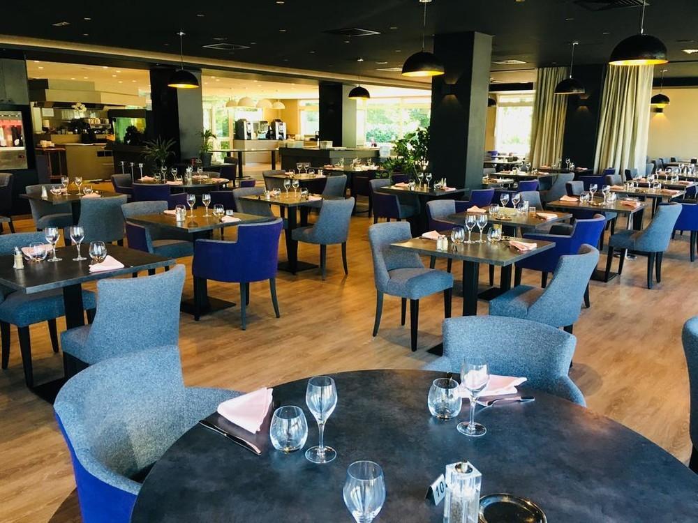 Adelphia marina hotel and spa - restaurant