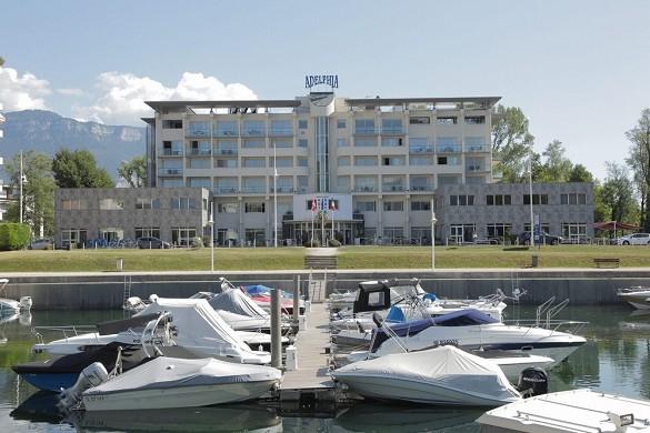 Adelphia marina hotel and spa - hotel de seminarios Savoy