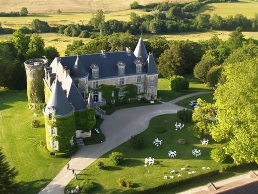 Chateau de la Cote - Außenansicht des Schlosses