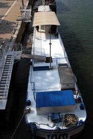 La barcaza aabysse - puente