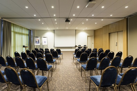 Novotel spa spa fitness biarritz anglet - seminar room in theater