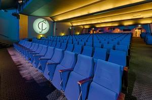Castleform 'City George V - Auditorium