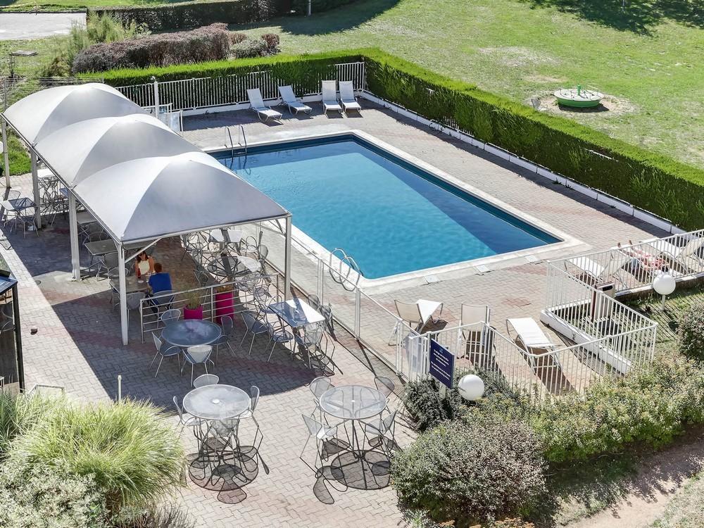 Novotel Orleans St Jean de Braye - pool