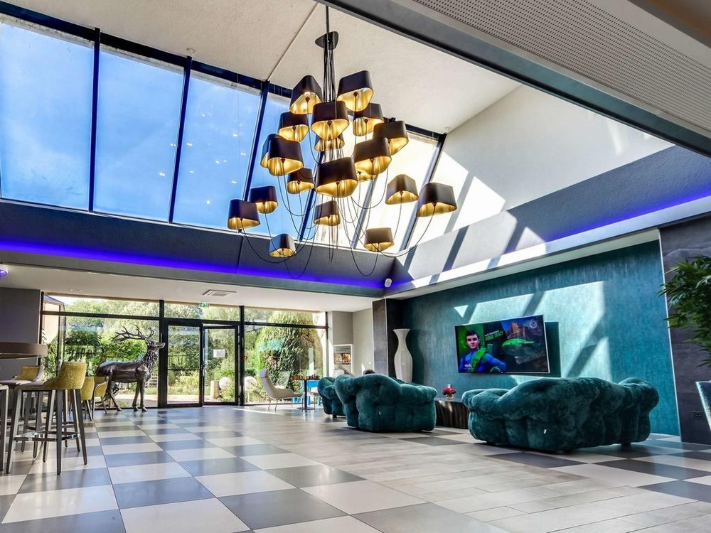 Novotel orleans saint jean de braye - renovated hotel