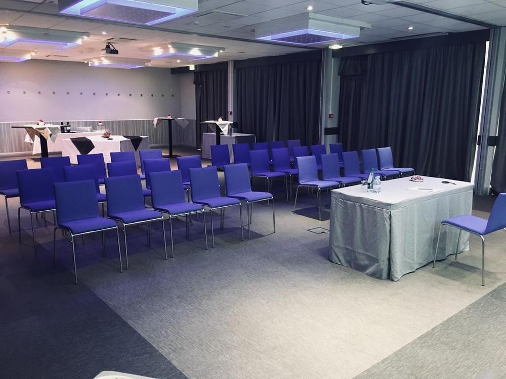 Novotel orleans saint jean de braye - theater seminar room