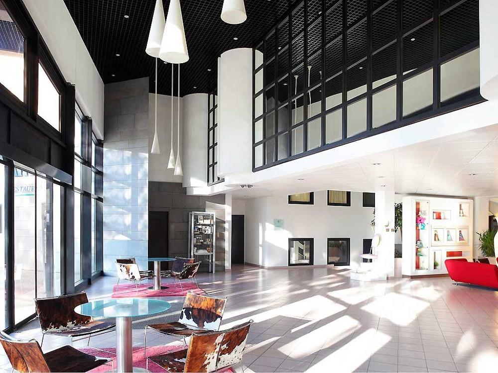 atria novotel n mes centre salle s minaire n mes 30. Black Bedroom Furniture Sets. Home Design Ideas