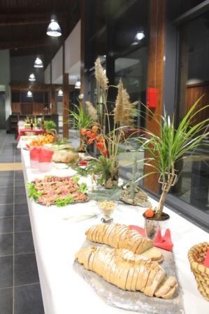 Kulturraum Treffen die orres - Buffet in der Halle